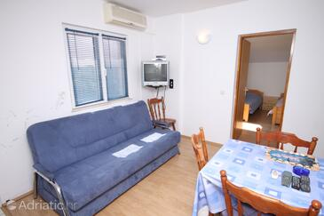 Vrsi - Mulo, Dnevni boravak u smještaju tipa apartment, dostupna klima, kućni ljubimci dozvoljeni i WiFi.