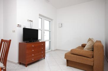 Lun, Living room in the apartment, dostupna klima i WIFI.