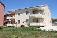 Апартаменты с парковкой Novalja (Pag) - 3294