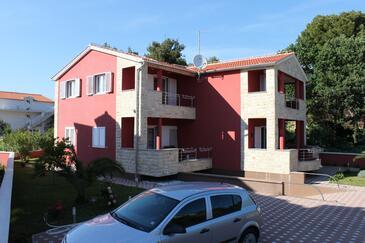 Srima - Vodice, Vodice, Obiekt 3297 - Apartamenty ze żwirową plażą.