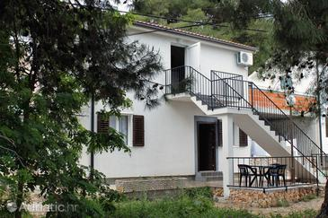Rogoznica, Rogoznica, Property 3301 - Apartments near sea with pebble beach.