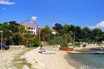 Košljun, Pag, Objekt 3321 - Ubytování v blízkosti moře s oblázkovou pláží.