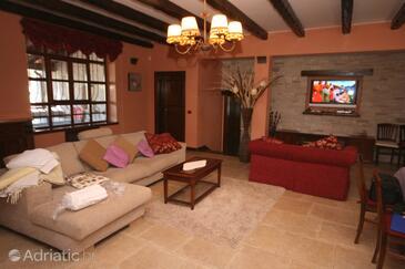 Prhati, Living room 1 in the house, dopusteni kucni ljubimci i WIFI.