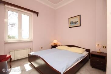 Mošćenička Draga, Bedroom in the room, dopusteni kucni ljubimci i WIFI.