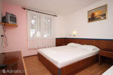 Drašnice, Ložnice v ubytování typu room, s klimatizací a WiFi.