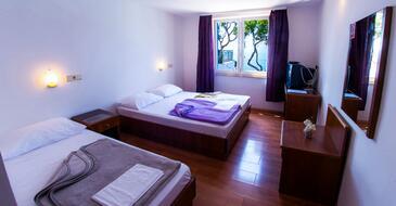 Drašnice, Спальня в размещении типа room, доступный кондиционер и WiFi.
