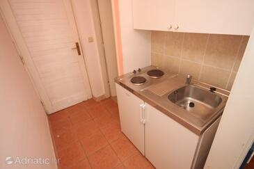 Drašnice, Kitchen in the studio-apartment, WIFI.