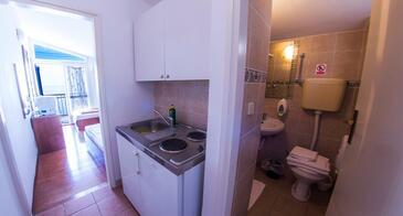 Drašnice, Kuchyně v ubytování typu studio-apartment, WiFi.