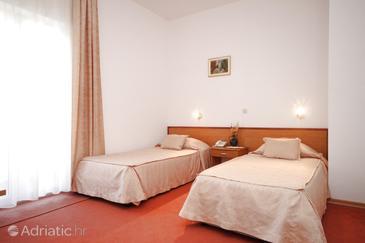 Starigrad, Camera da letto   nell'alloggi del tipo room, condizionatore disponibile e WiFi.