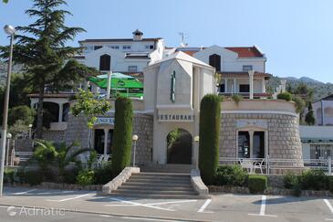 Starigrad, Paklenica, Objekt 3335 - Ubytování v blízkosti moře s oblázkovou pláží.