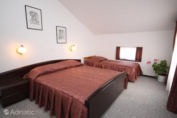 Starigrad, Ložnice v ubytování typu room, s klimatizací, domácí mazlíčci povoleni a WiFi.