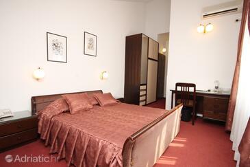 Starigrad, Спальня в размещении типа room, доступный кондиционер, Домашние животные допускаются и WiFi.