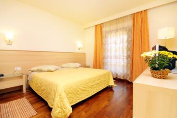 Kršin, Sypialnia w zakwaterowaniu typu room, dostupna klima, dopusteni kucni ljubimci i WIFI.