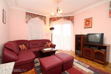 Living room    - A-334-d
