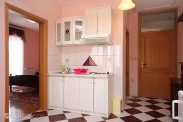 Kuchyně    - A-334-e