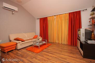 Vela Luka, Living room in the apartment, dostupna klima i WIFI.
