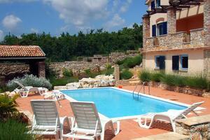 Дом для семьи с бассейном Вишньян - Стрпачичи - Višnjan - Strpačići (Средняя Истрия - Središnja Istra) - 3351