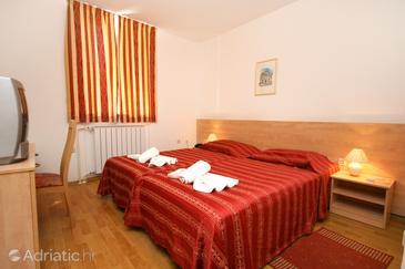 Novigrad, Bedroom in the room, dostupna klima i WIFI.