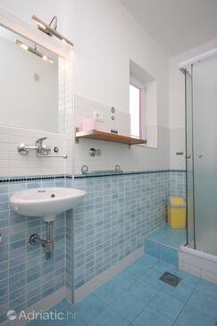 Bathroom 2   - A-3358-a