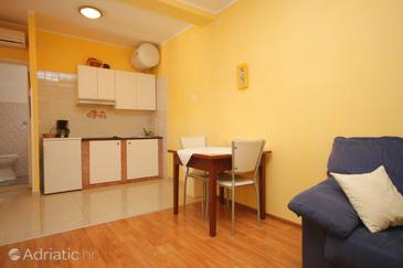 Dining room    - A-3358-c