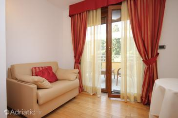Zambratija, Living room in the room, dopusteni kucni ljubimci i WIFI.