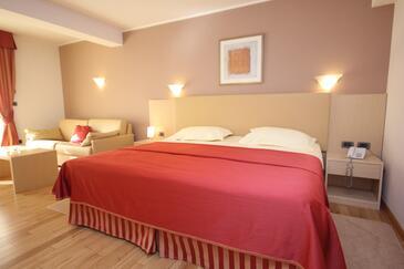 Zambratija, Sypialnia w zakwaterowaniu typu room, dostupna klima, dopusteni kucni ljubimci i WIFI.