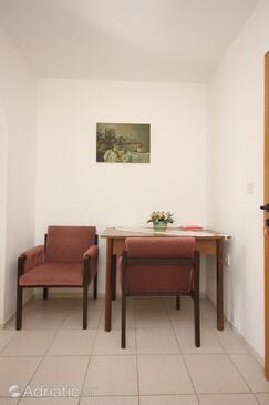 Rovinj, Dining room in the studio-apartment, dopusteni kucni ljubimci i WIFI.