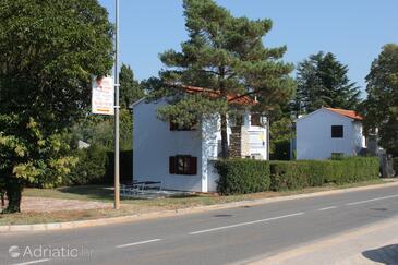 Dajla, Novigrad, Objekt 3376 - Ubytování v blízkosti moře s oblázkovou pláží.