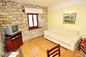 Pilkovići, Living room in the apartment, dopusteni kucni ljubimci i WIFI.