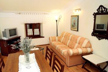 Pilkovići, Pokój dzienny w zakwaterowaniu typu apartment, zwierzęta domowe są dozwolone i WiFi.