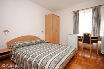 Fažana, Chambre dans l'hébergement en type room.