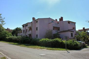 Rovinj, Rovinj, Property 3394 - Apartments with pebble beach.