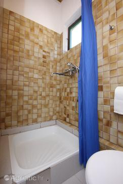 Bathroom 2   - K-340