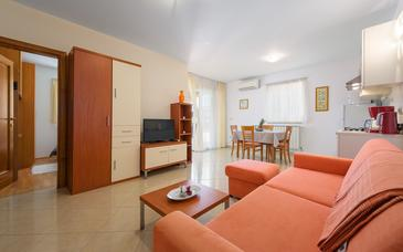 Bašanija, Living room in the apartment, WIFI.