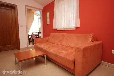 Bašanija, Living room in the apartment, air condition available and WiFi.