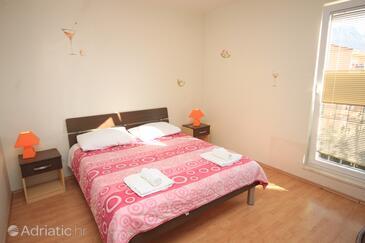 Kaštel Lukšić, Bedroom in the room, dostupna klima, dopusteni kucni ljubimci i WIFI.