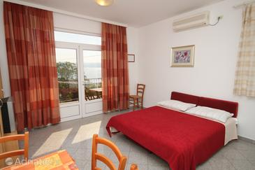 Medveja, Camera di soggiorno nell'alloggi del tipo apartment, condizionatore disponibile, animali domestici ammessi e WiFi.