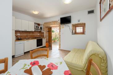 Rovinjsko Selo, Obývací pokoj v ubytování typu house, domácí mazlíčci povoleni a WiFi.