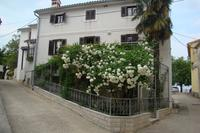 Apartments and rooms with parking space Brseč (Opatija) - 3439
