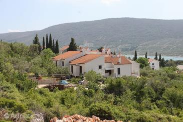 Cres, Cres, Property 3446 - Apartments with pebble beach.