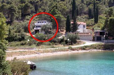 Kali, Ugljan, Objekt 345 - Apartmaji v bližini morja s prodnato plažo.