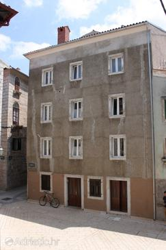 Cres, Cres, Property 3450 - Rooms near sea with pebble beach.