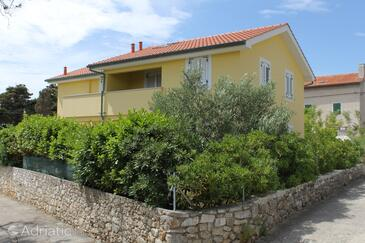 Nerezine, Lošinj, Property 3451 - Apartments near sea with pebble beach.