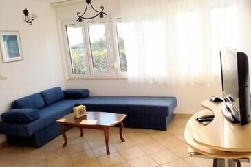 Kraj, Living room in the apartment, air condition available, (pet friendly) and WiFi.
