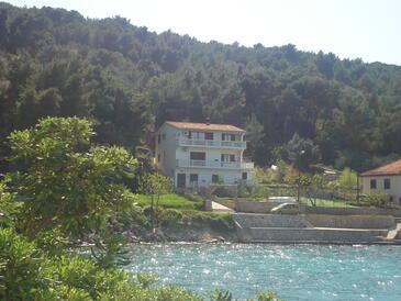 Kali, Ugljan, Property 346 - Apartments near sea with pebble beach.