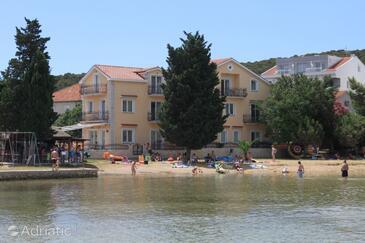Kraj, Pašman, Объект 3460 - Апартаменты вблизи моря с песчаным пляжем.