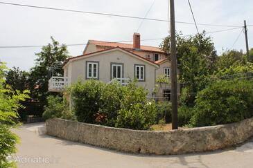 Nerezine, Lošinj, Hébergement 3479 - Appartement à proximité de la mer avec une plage de galets.
