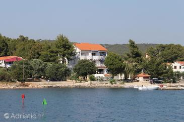 Verunić, Dugi otok, Property 3480 - Apartments by the sea.