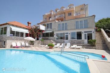 Cavtat, Dubrovnik, Объект 3547 - Апартаменты с галечным пляжем.