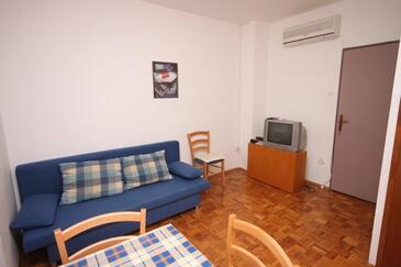 Sveti Petar, Obývací pokoj v ubytování typu apartment, s klimatizací, domácí mazlíčci povoleni a WiFi.